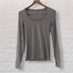 Lululemon gray yoga Anahatasana Long Sleeve Tee